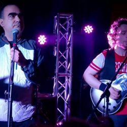 Broken Hearts are for Assholes - Frank Zappa cover by Ossi Duri feat. Elio mi piacque su YouTube